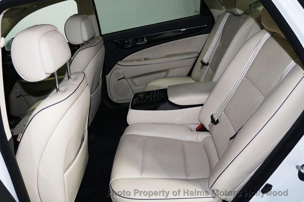 2014 Hyundai Equus 4dr Sedan Signature - 18098844 - 16