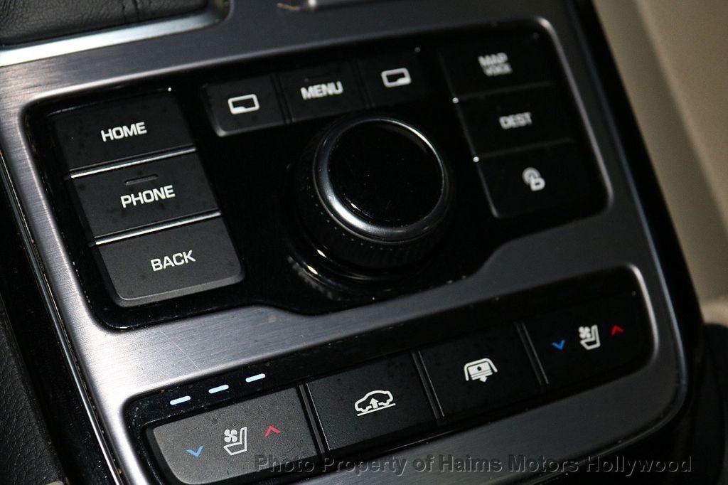 2014 Hyundai Equus 4dr Sedan Signature - 18098844 - 24