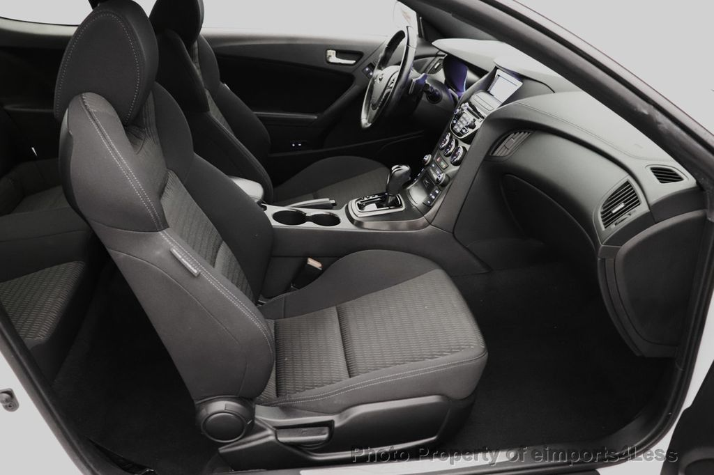 2014 Hyundai Genesis Coupe CERTIFIED GENESIS 2.0t COUPE  - 18204343 - 37