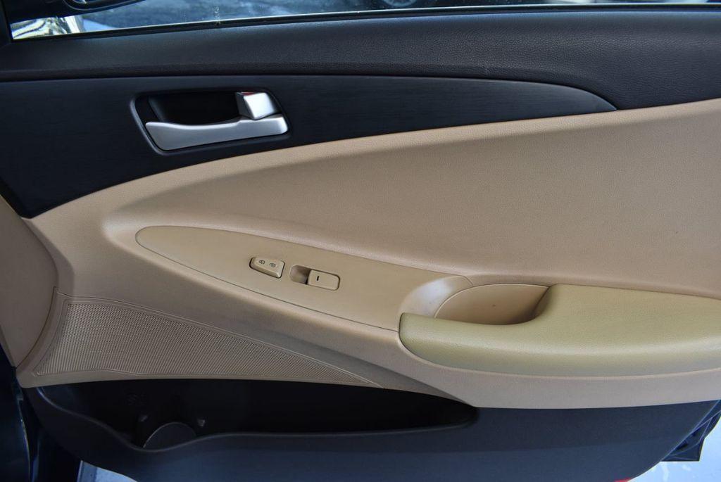 2014 Hyundai Sonata 4dr Sedan 2.4L Automatic GLS - 17942465 - 25