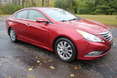 2014 Hyundai Sonata LIMITED LEATHER MOONROOF ONE OWNER  Sedan
