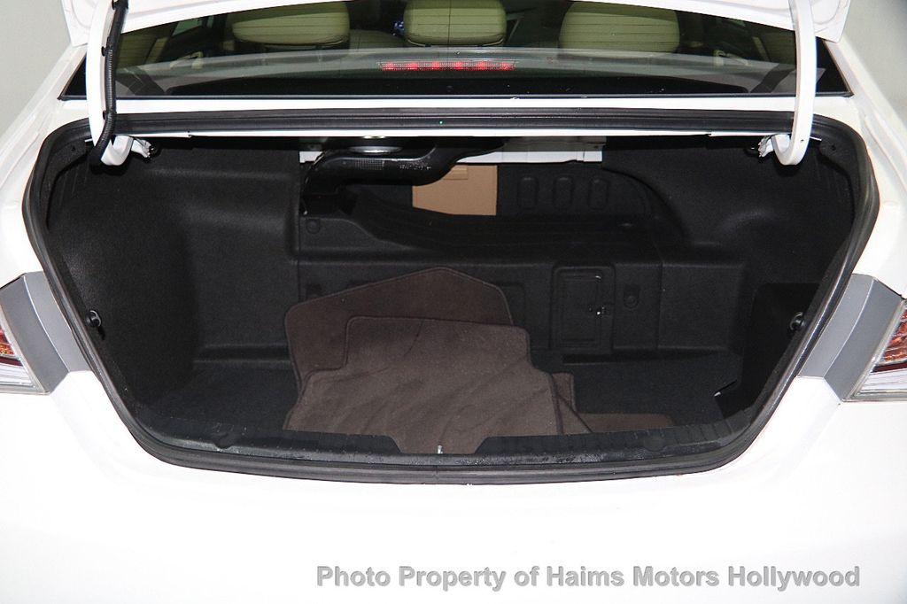 2014 Hyundai Sonata Hybrid 4dr Sedan Limited - 17069642 - 11