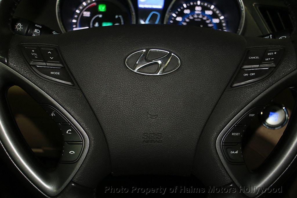 2014 Hyundai Sonata Hybrid 4dr Sedan Limited - 17069642 - 30