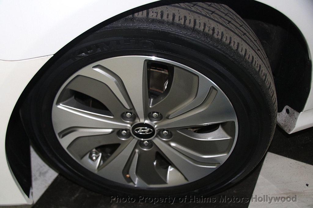 2014 Hyundai Sonata Hybrid 4dr Sedan Limited - 17069642 - 35