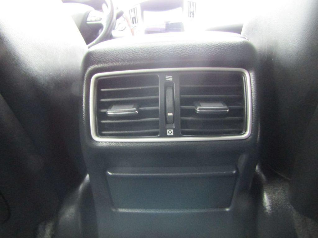 2014 INFINITI Q50 4dr Sedan AWD Sport - 18508983 - 36