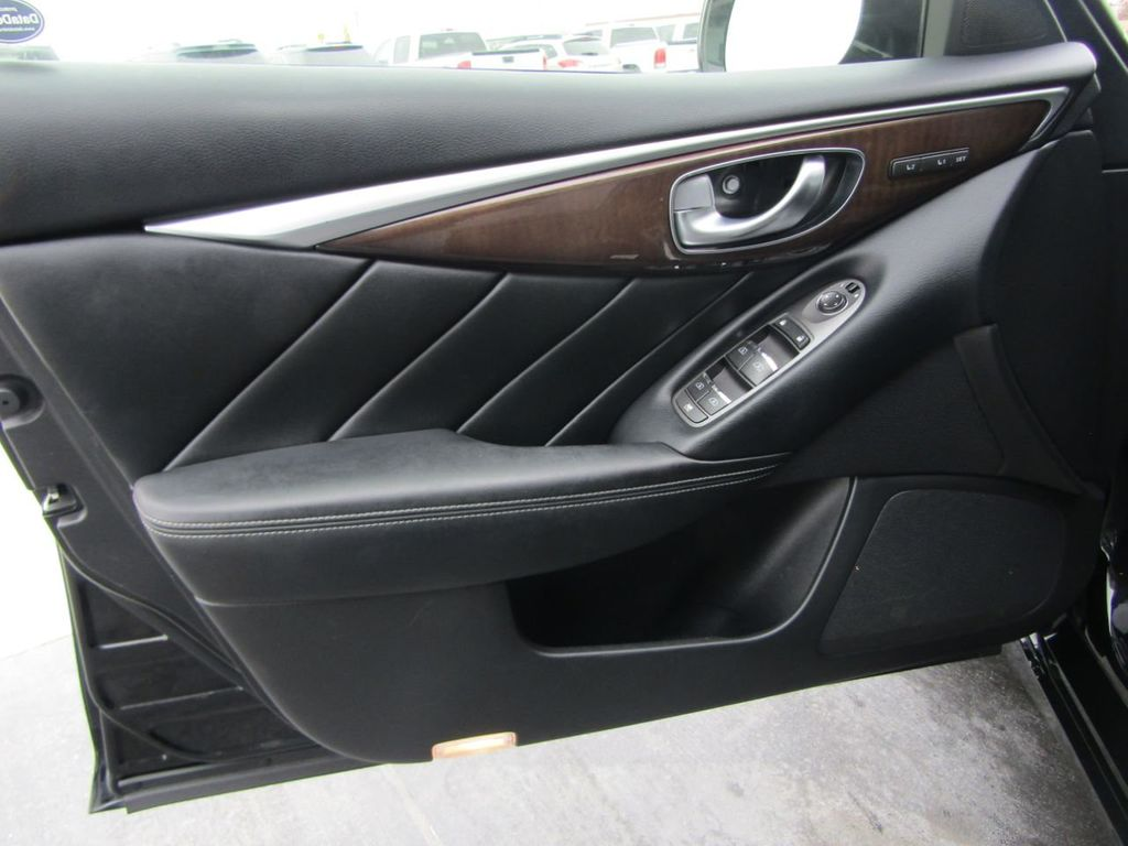 2014 INFINITI Q50 4dr Sedan AWD Sport - 18508983 - 40
