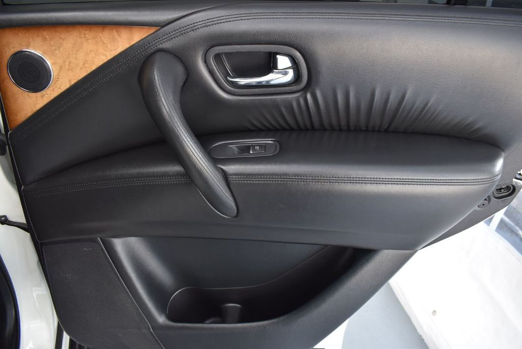 2014 INFINITI QX80 2WD 4dr - 18330053 - 16