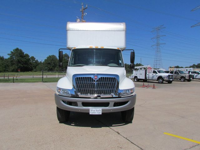 2014 International 4300 Box Truck - 16373895 - 2