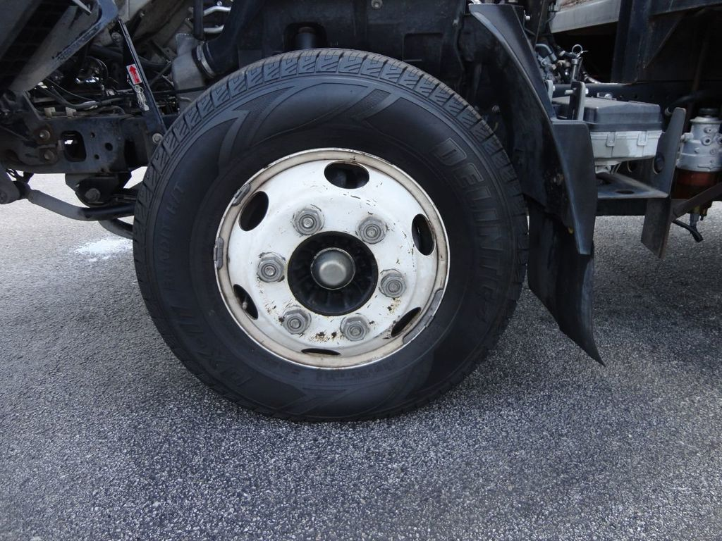 2014 Isuzu NPR HD 16FT FLATBED STAKE BED WITH LIFTGATE..STAKE TRUCK. - 17742657 - 12