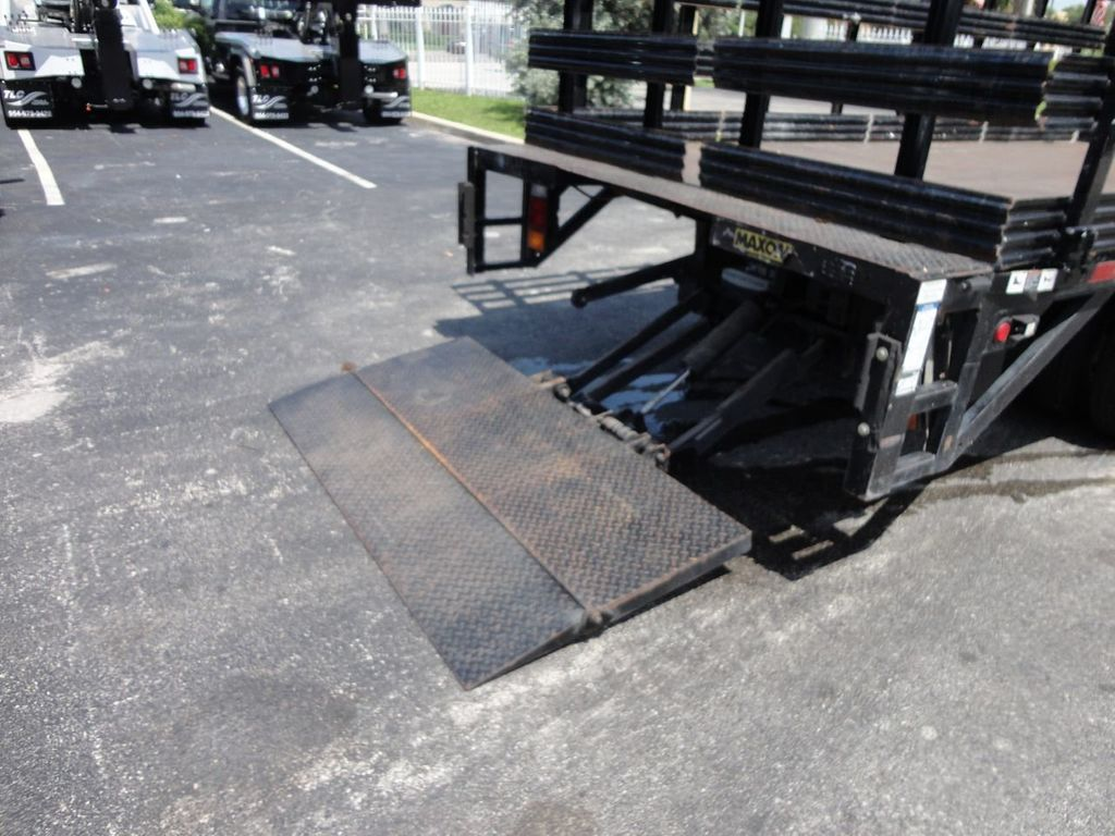 2014 Isuzu NPR HD 16FT FLATBED STAKE BED WITH LIFTGATE..STAKE TRUCK. - 17742657 - 24