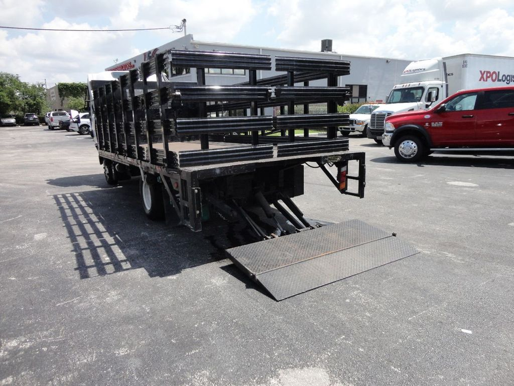 2014 Isuzu NPR HD 16FT FLATBED STAKE BED WITH LIFTGATE..STAKE TRUCK. - 17742657 - 25
