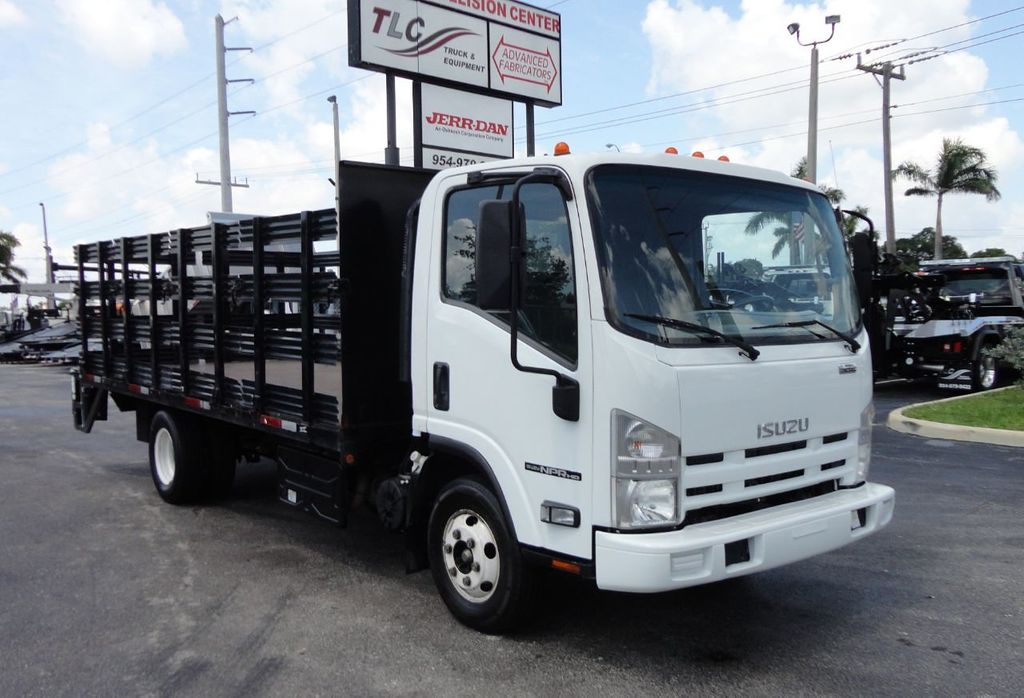 2014 Isuzu NPR HD 16FT FLATBED STAKE BED WITH LIFTGATE..STAKE TRUCK. - 17742657 - 3