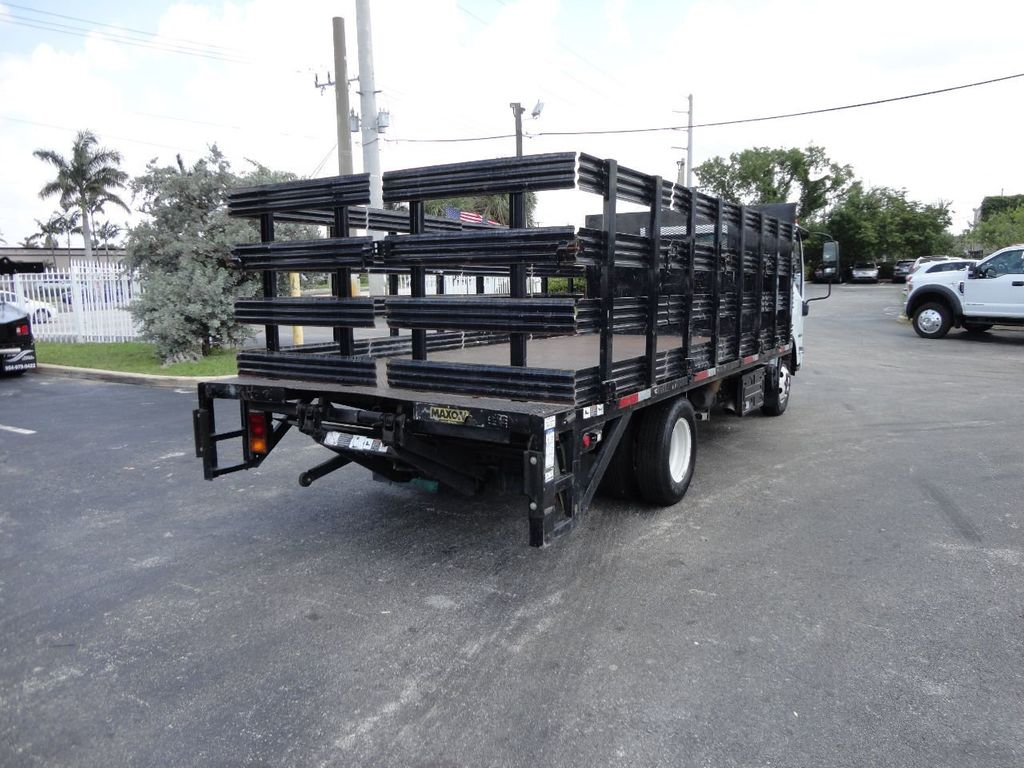 2014 Isuzu NPR HD 16FT FLATBED STAKE BED WITH LIFTGATE..STAKE TRUCK. - 17742657 - 7