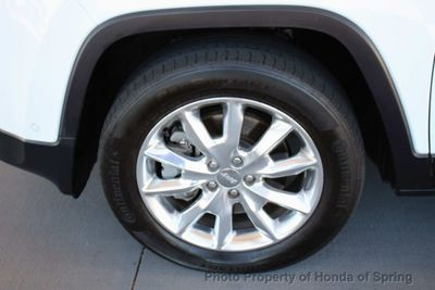 2014 Jeep Cherokee 4WD 4dr Limited SUV - Click to see full-size photo viewer