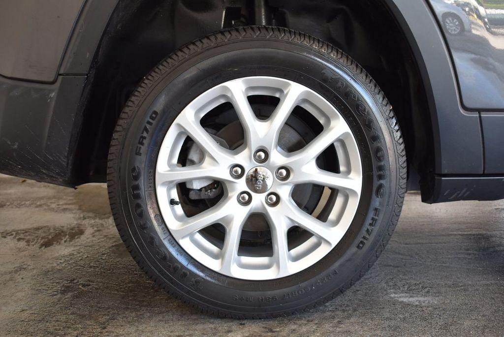 2014 Jeep Cherokee CHEROKEE LATITUDE - 18144621 - 9