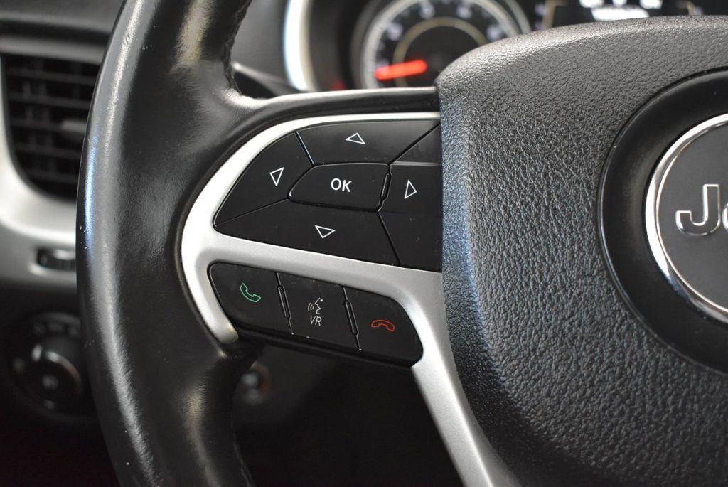 2014 Jeep Cherokee CHEROKEE LATITUDE - 18144621 - 19