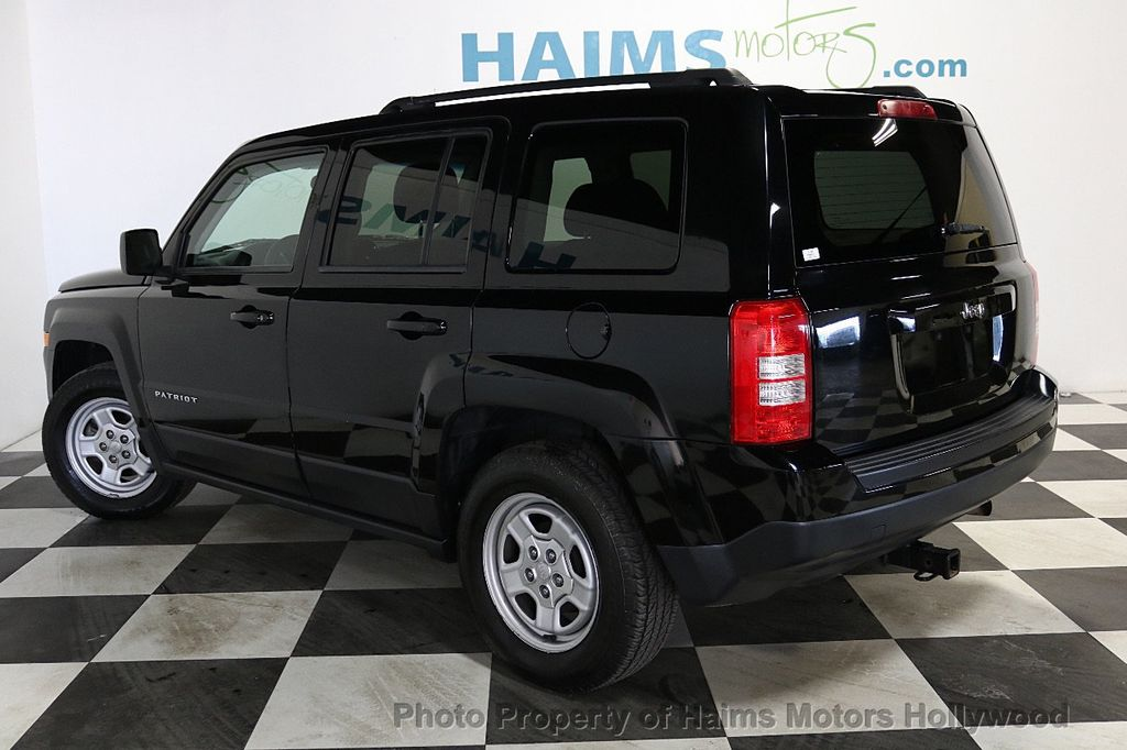 2014 Jeep Patriot FWD 4dr Altitude - 18584881 - 4