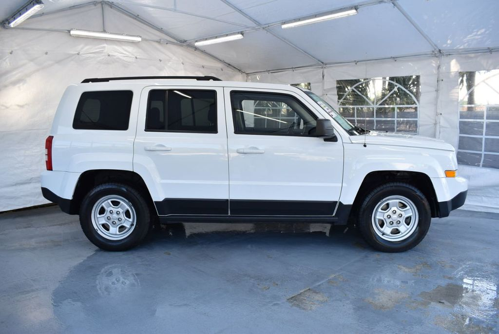 2014 Jeep Patriot FWD 4dr Altitude - 18341576 - 2