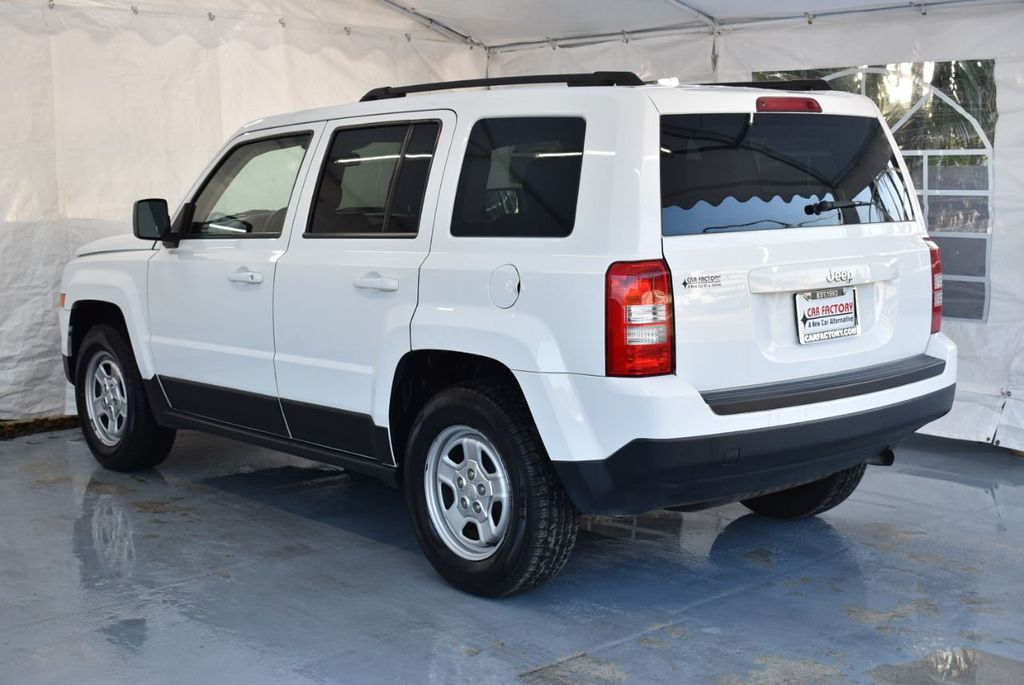 2014 Jeep Patriot FWD 4dr Altitude - 18341576 - 5