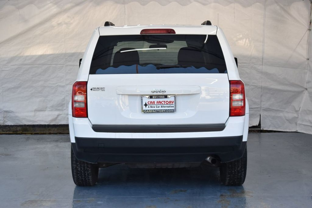 2014 Jeep Patriot FWD 4dr Altitude - 18341576 - 7