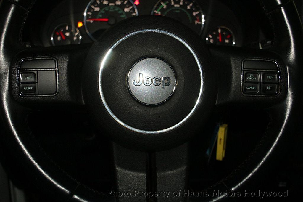 2014 Jeep Wrangler 4WD 2dr Sport - 16894515 - 23