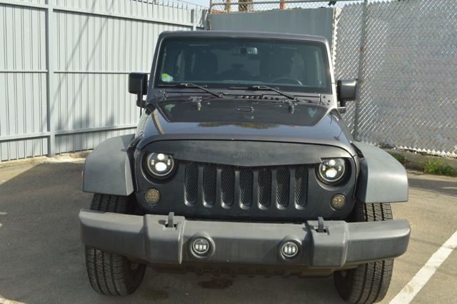 2014 Jeep Wrangler Unlimited Sport - 19002090 - 1