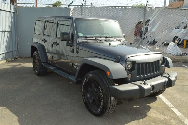 2014 Jeep Wrangler Unlimited Sport - 19002090 - 2