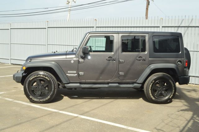 2014 Jeep Wrangler Unlimited Sport - 19002090 - 7