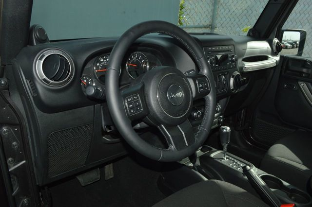 2014 Jeep Wrangler Unlimited Sport - 19002090 - 8