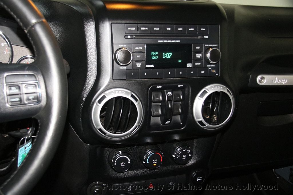 2014 Jeep Wrangler Unlimited 4WD 4dr Rubicon - 17409672 - 20