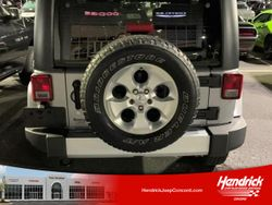 2014 Jeep Wrangler Unlimited - 1C4BJWEG2EL292061