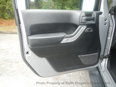 2014 Jeep Wrangler Unlimited 4WD 4dr Sahara - Click to see full-size photo viewer