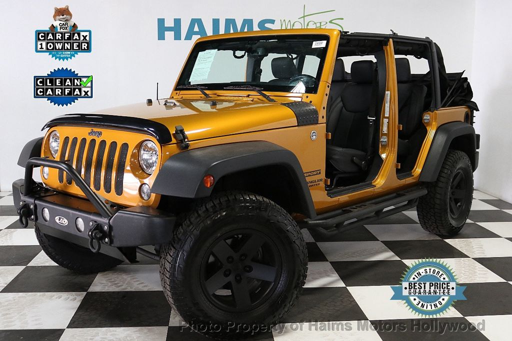 2014 Jeep Wrangler Unlimited 4WD 4dr Willys Wheeler - 18688932 - 1