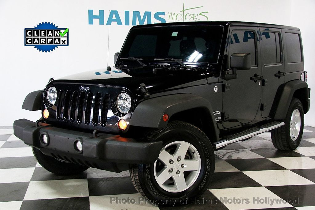 2014 Jeep Wrangler Unlimited Sport - 17140818 - 0
