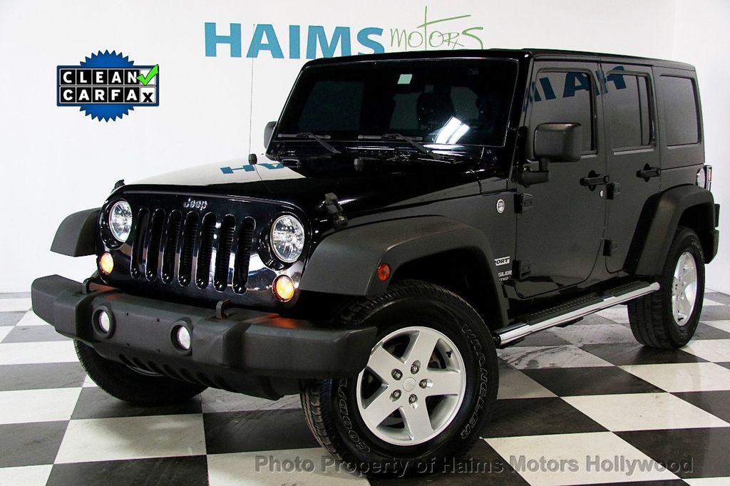2014 Jeep Wrangler Unlimited Sport - 17140818 - 0