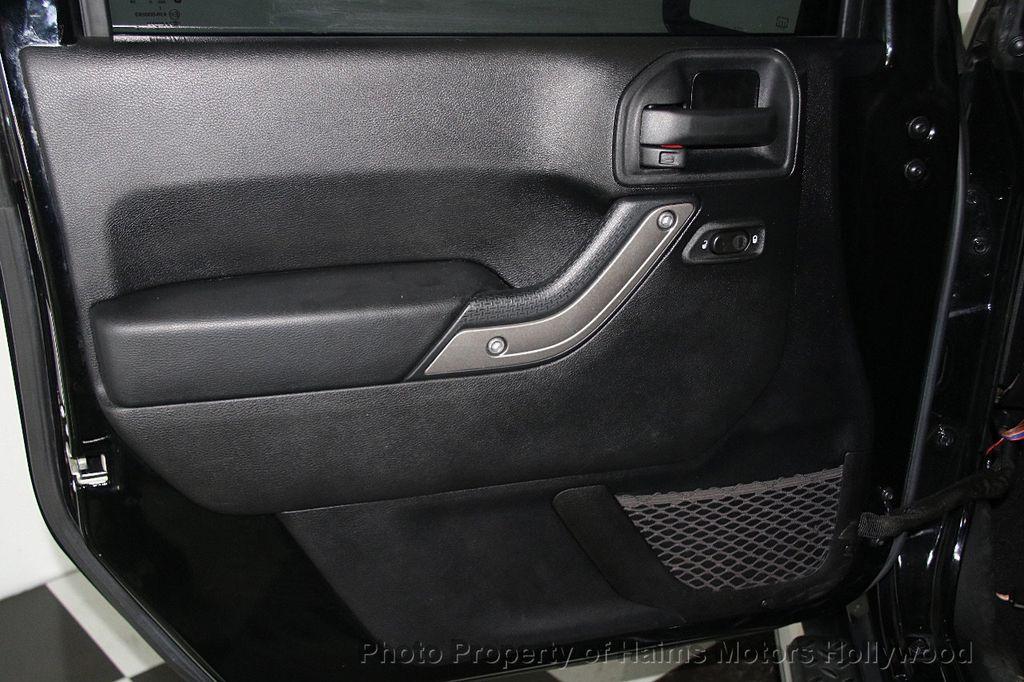 2014 Jeep Wrangler Unlimited Sport - 17140818 - 10