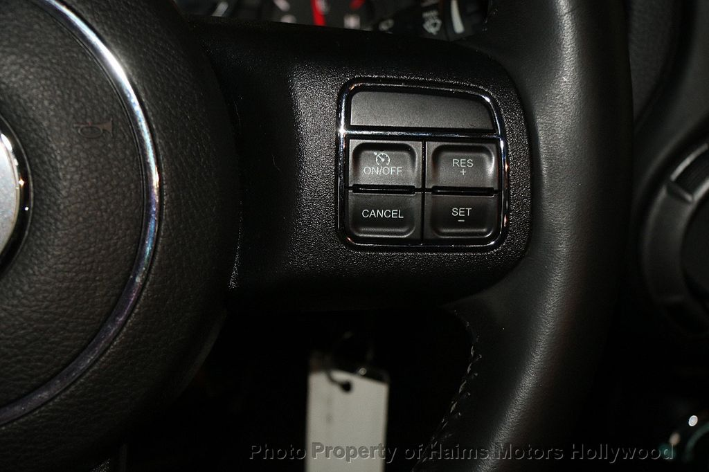 2014 Jeep Wrangler Unlimited Sport - 17140818 - 25