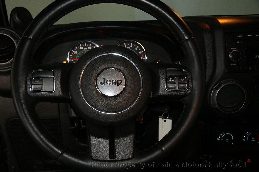 2014 Jeep Wrangler Unlimited Sport - 17140818 - 27
