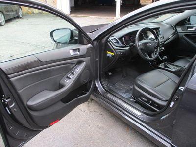 2014 Kia Cadenza 4dr Sedan Limited - Click to see full-size photo viewer