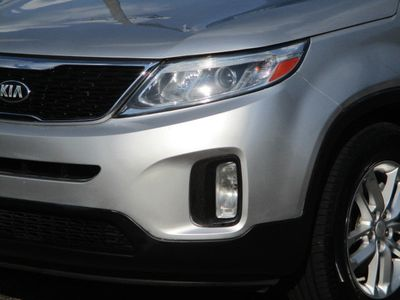 2014 Kia Sorento AWD 4dr I4 LX - Click to see full-size photo viewer