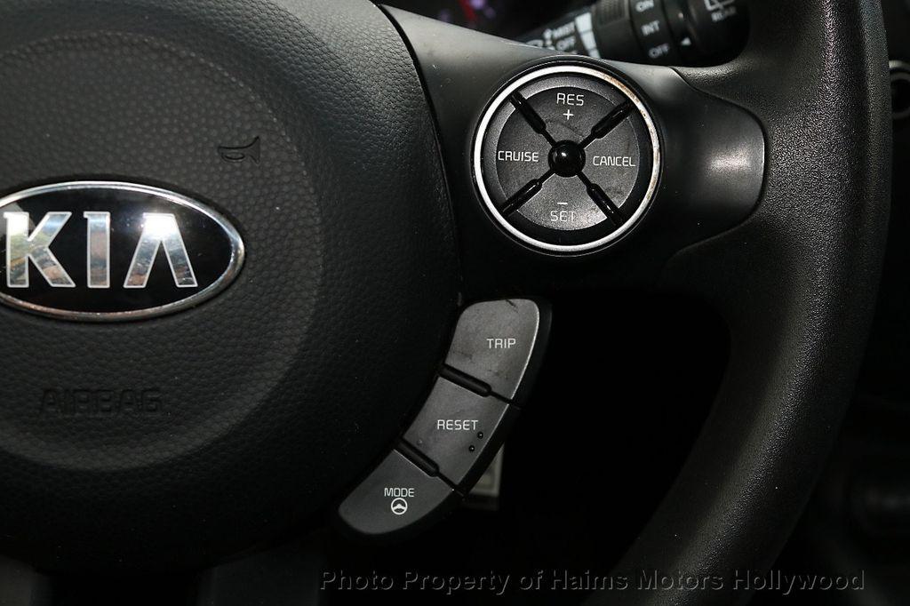 2014 Kia Soul 5dr Wagon Automatic + - 17759301 - 24