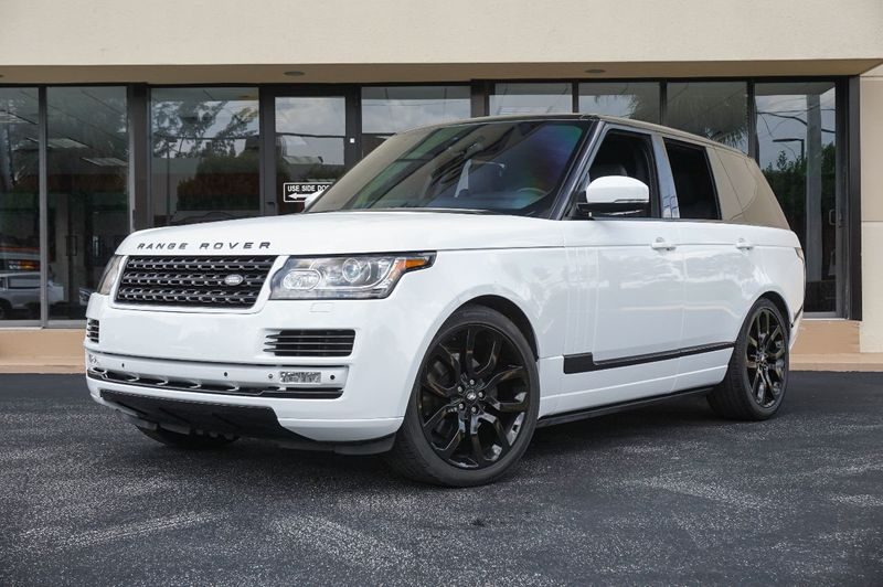 2014 Land Rover Range Rover 4WD 4dr HSE - Click to see full-size photo viewer