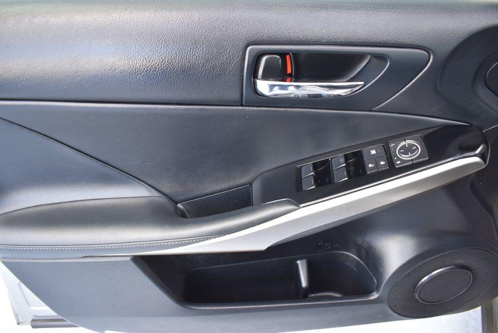 2014 Lexus IS 250 4dr Sport Sedan Automatic RWD - 18271769 - 15
