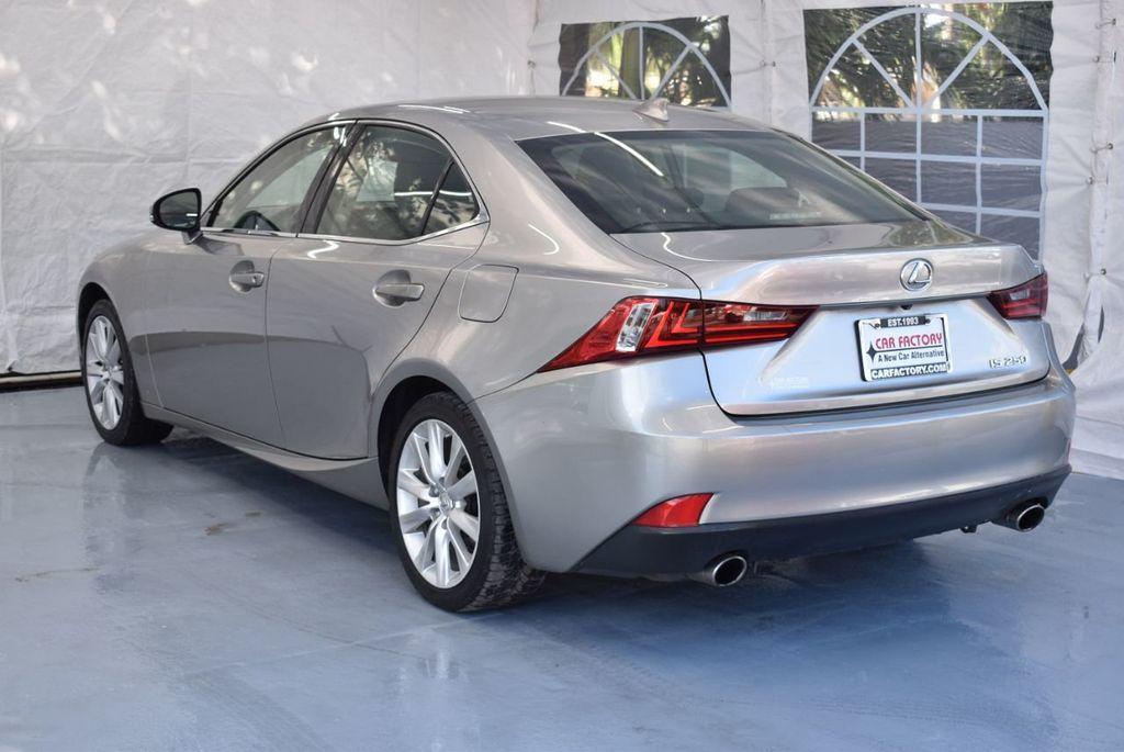 2014 Lexus IS 250 4dr Sport Sedan Automatic RWD - 18271769 - 5