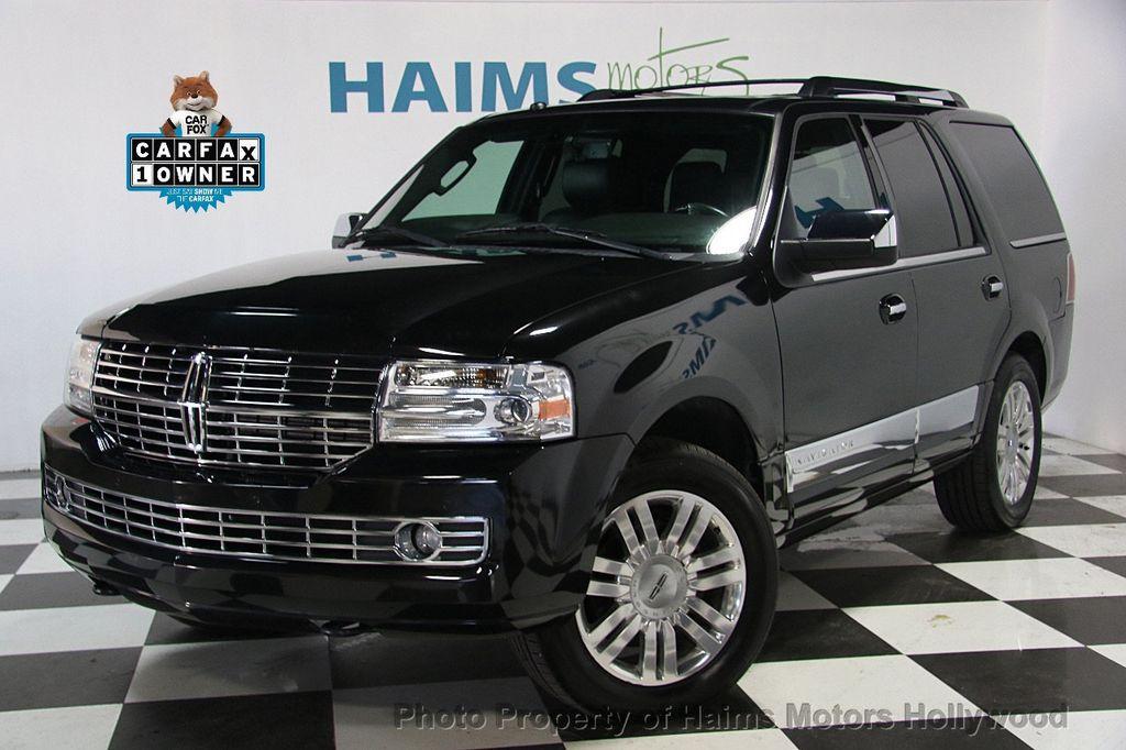 2014 Lincoln Navigator 4WD 4dr - 17048416 - 0