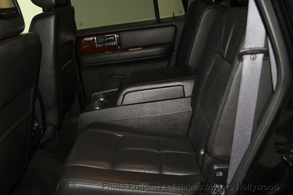 2014 Lincoln Navigator 4WD 4dr - 17048416 - 20