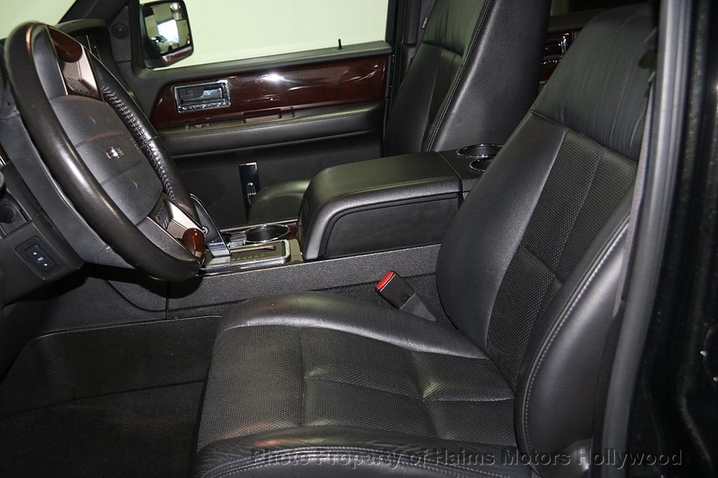 2014 Lincoln Navigator 4WD 4dr - 17048416 - 21