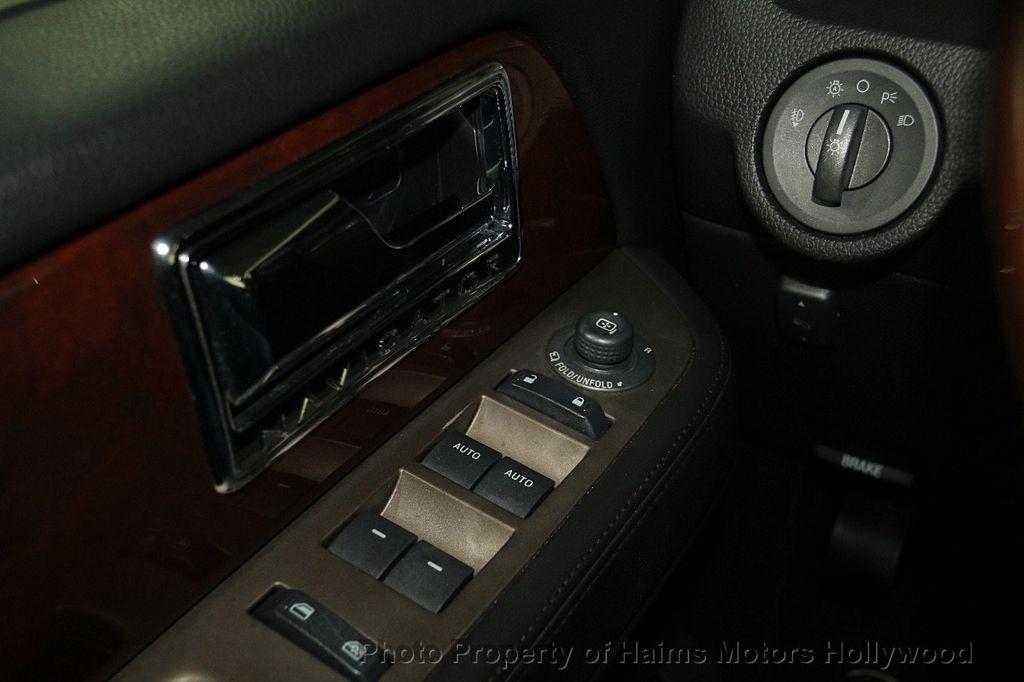 2014 Lincoln Navigator 4WD 4dr - 17048416 - 29