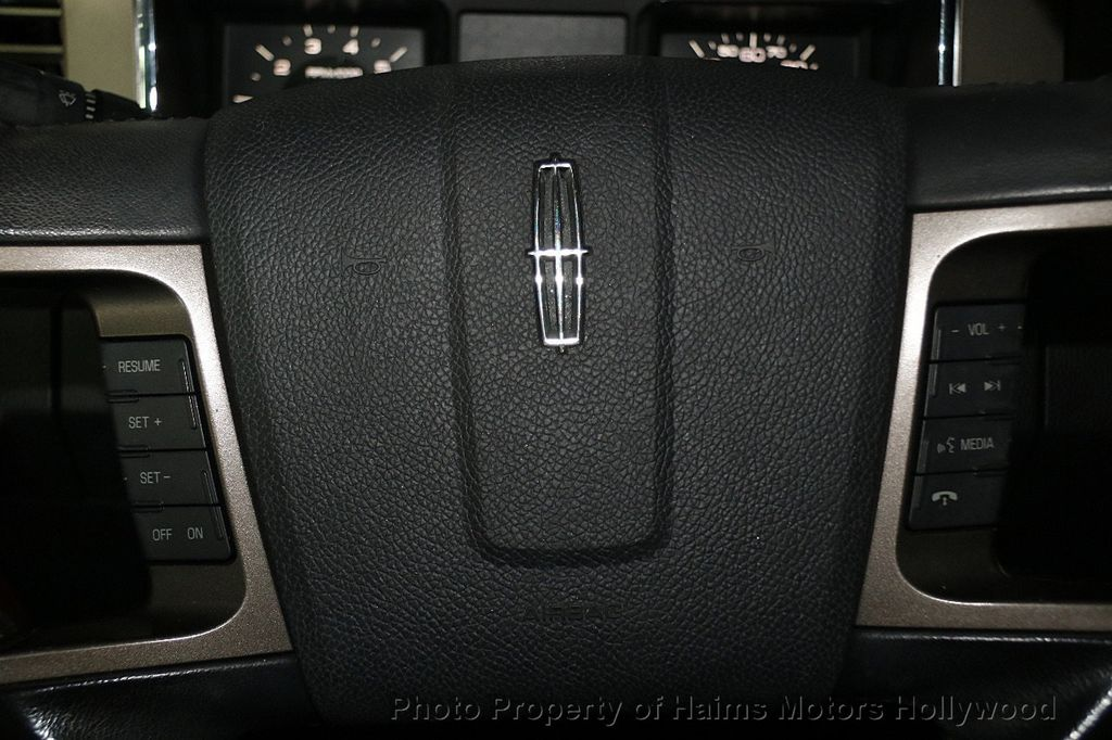 2014 Lincoln Navigator 4WD 4dr - 17048416 - 32