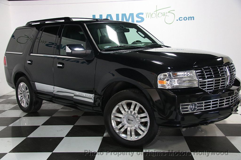 2014 Lincoln Navigator 4WD 4dr - 17048416 - 3
